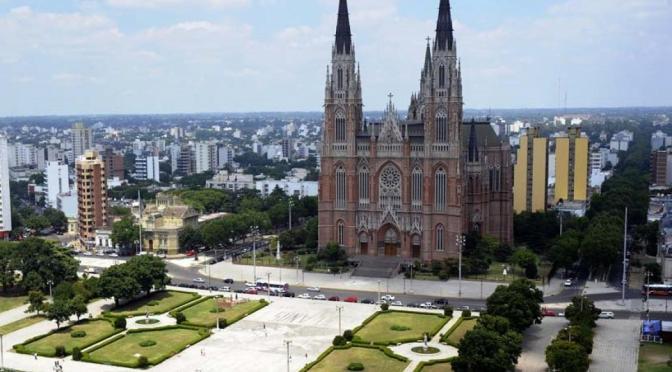 MINITURISMO EN BUENOS AIRES: LA PLATA